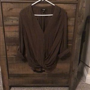 3/4 sleeve olive green top